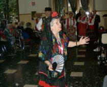 La festa, animata dal Coro di Villa Taverna diretto dalla maestra Pinuccia